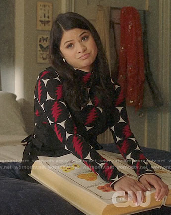 Mel's lightning bolt print turtleneck and black pinafore dress on Charmed