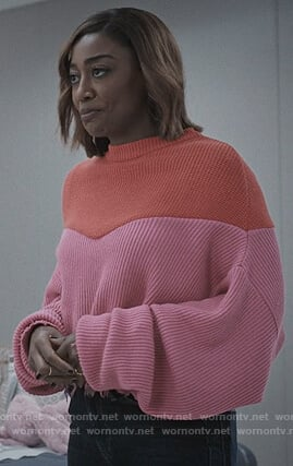 Daisy's pink colorblock sweater on Madam Secretary