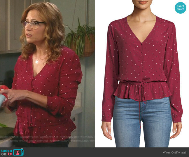 Beaux Top by Rails worn by Lena (Jenna Fischer) on Splitting Up Together