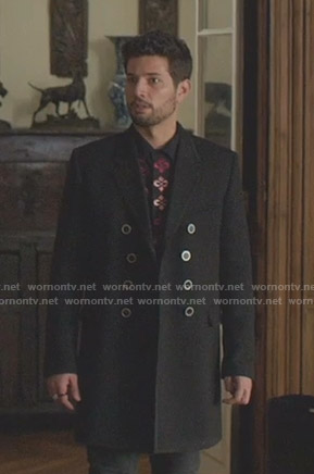 Sam's black embroidered shirt and coat on Dynasty