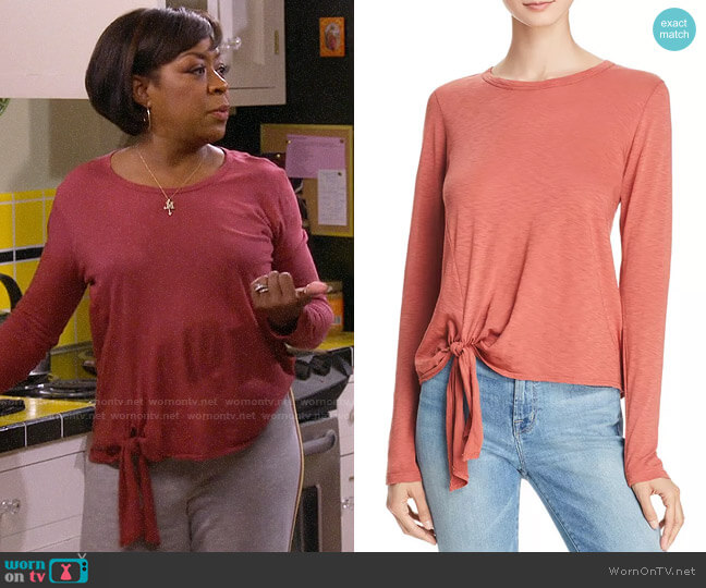 Sundry Tie Front Tee worn by Tina (Tichina Arnold) on The Neighborhood