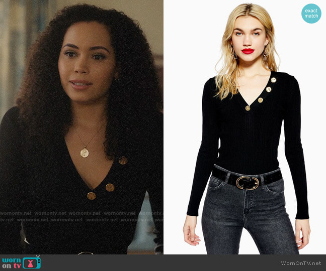Topshop Hammered Button V-Neck Knitted Top worn by Macy Vaughn (Madeleine Mantock) on Charmed