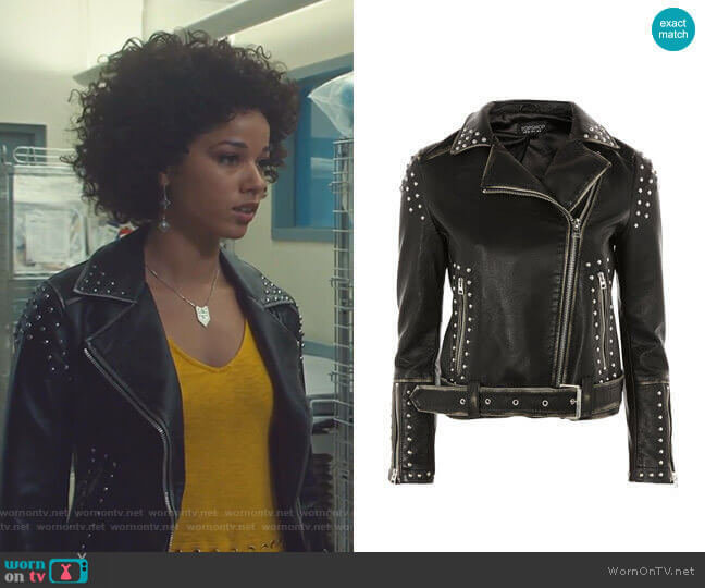 Studded Biker Jacket by Topshop worn by Maia Roberts (Alisha Wainwright ) on Shadowhunters