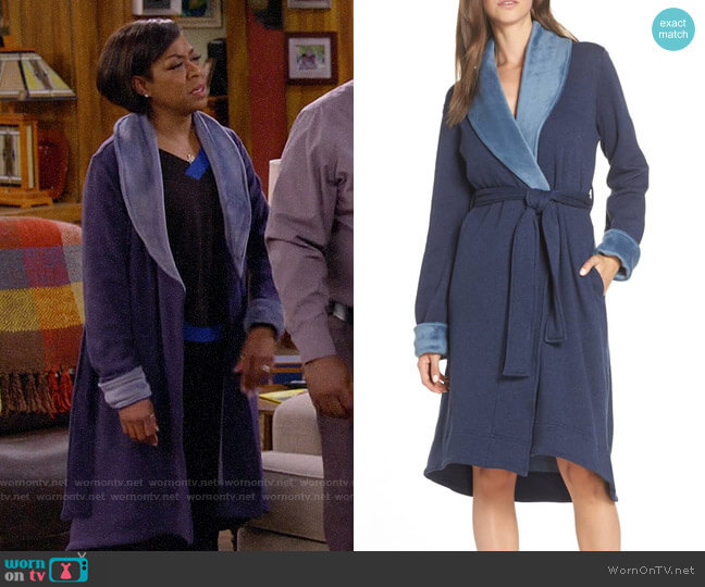 UGG Duffield II Robe worn by Tina (Tichina Arnold) on The Neighborhood