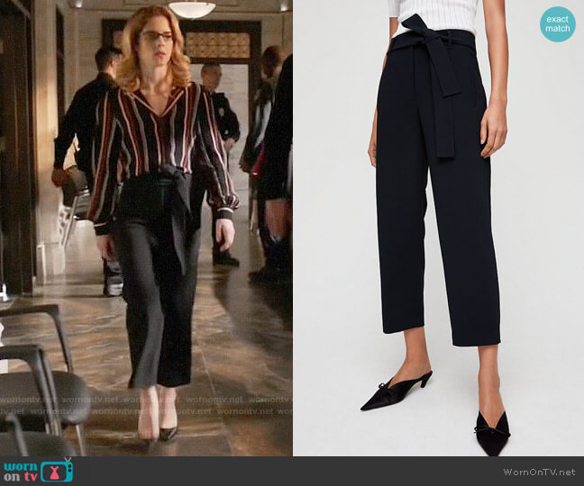 Aritzia Wilfred Jallade Pants worn by Felicity Smoak (Emily Bett Rickards) on Arrow