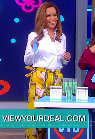 Sunny's yellow floral pants on The View