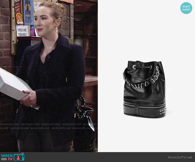Zara Rock Bucket Bag worn by Mariah Copeland (Camryn Grimes) on The Young & the Restless