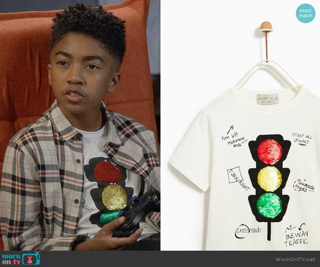 Zara T-shirt with Sequin Traffic Light worn by Jack Johnson (Miles Brown) on Blackish