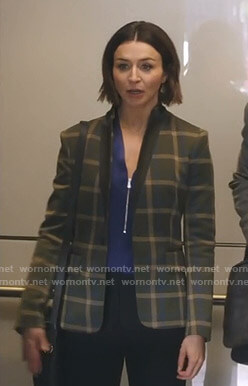 Amelia's green check blazer on Grey's Anatomy