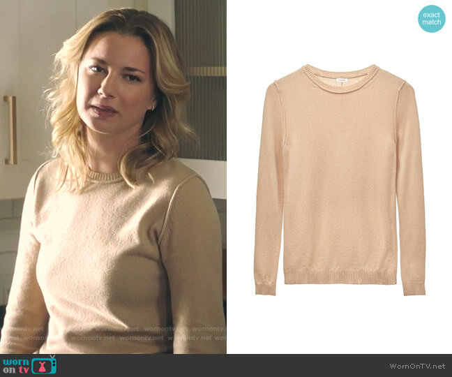 Wool Cashmere Slim Crewneck Sweater by Cuyana worn by Nicolette Nevin (Emily VanCamp) on The Resident