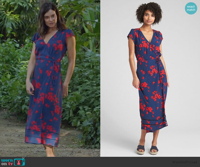 Floral Print Midi Wrap Dress by Gap worn by Heather Hughes (Betsy Brandt) on Life in Pieces
