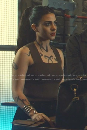 Isabelle's brown tank top on Shadowhunters