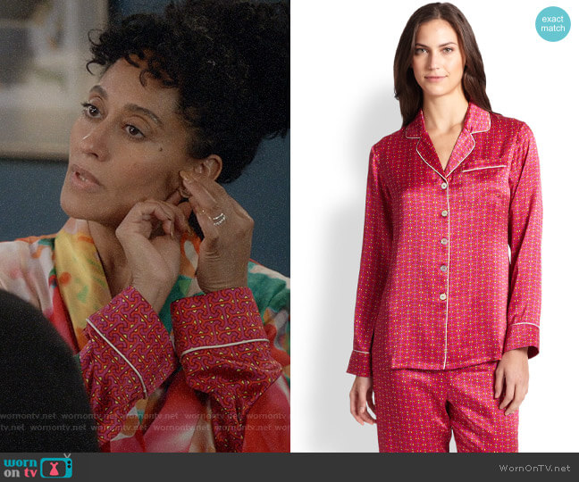 Olivia von Halle Printed Silk Satin Pajamas worn by Rainbow Johnson (Tracee Ellis Ross) on Blackish