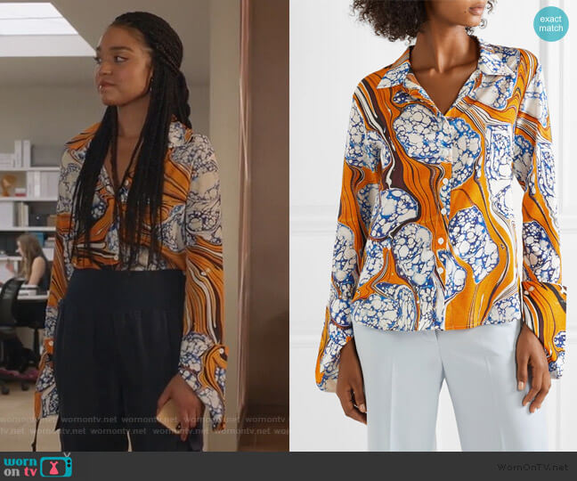 Printed Shirt by Rosie Assoulin worn by Kat Edison (Aisha Dee) on The Bold Type
