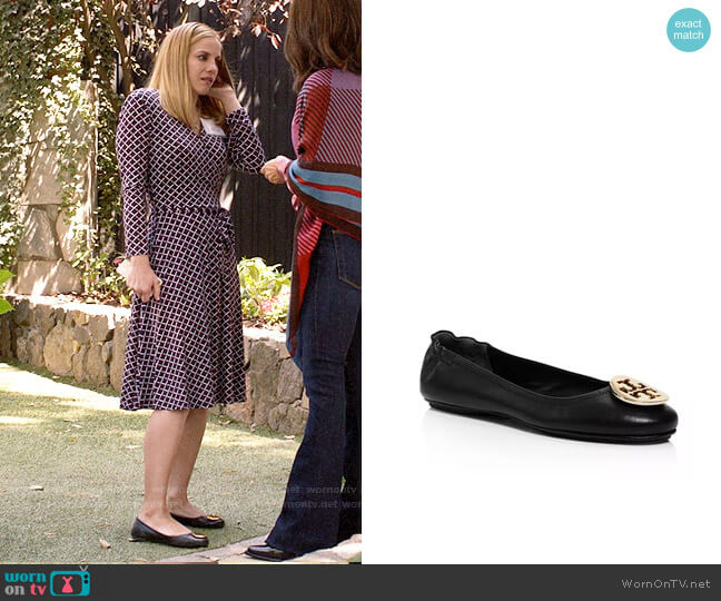 Tory Burch Minnie Travel Ballet Flats worn by Amy Brookheimer (Anna Chlumsky) on Veep