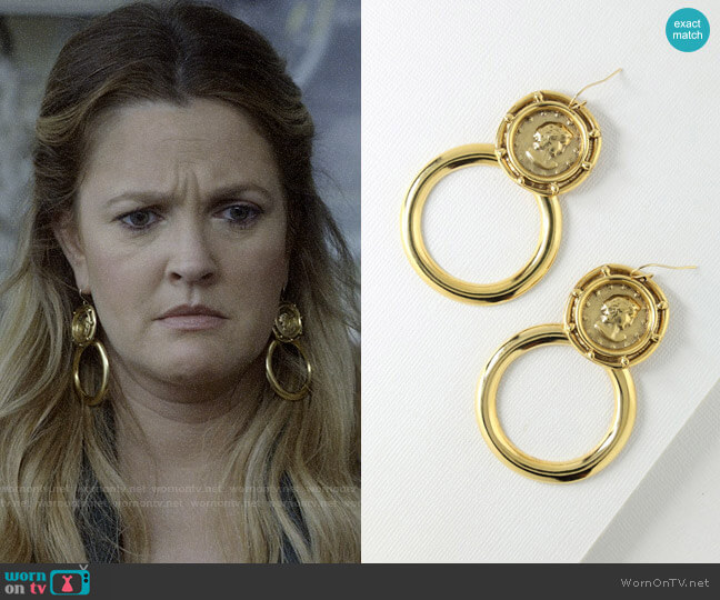 Vanessa Mooney The Gianni Earrings worn by Sheila Hammond (Drew Barrymore) on Santa Clarita Diet