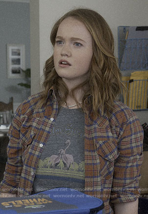 Abby's Palm Springs flamingo tee on Santa Clarita Diet