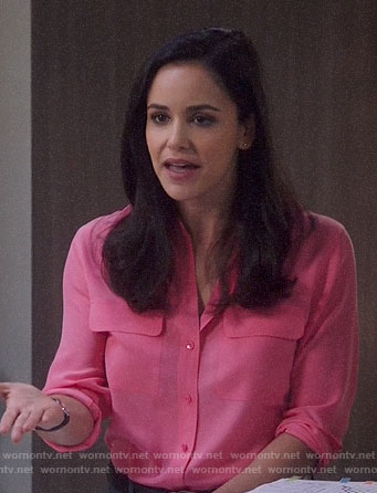 Amy's pink button down blouse on Brooklyn Nine-Nine
