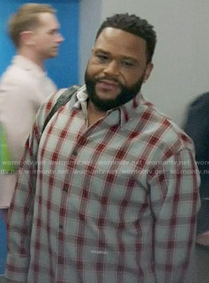 Andre's checked shirt on Black-ish
