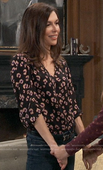 Anna's black leopard print top on General Hospital