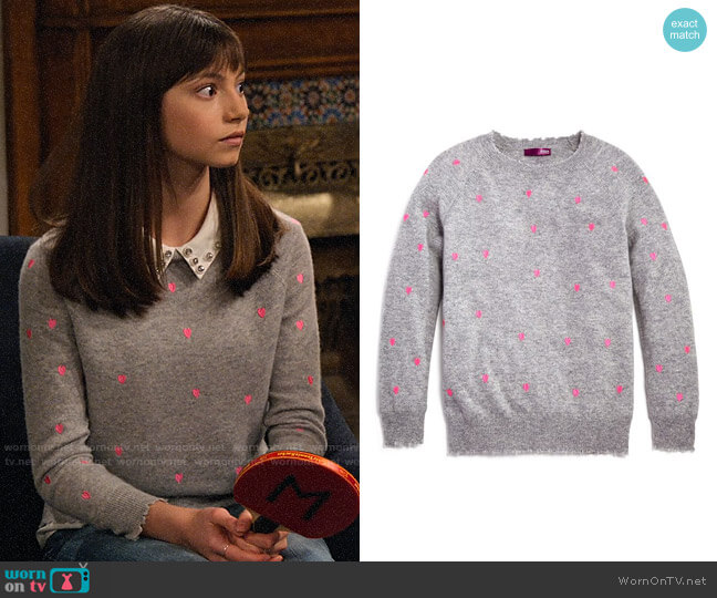 Aqua Girls Cashmere Embroidered Heart-Print Sweater worn by Molly (Lauren Lindsey Donzis) on No Good Nick