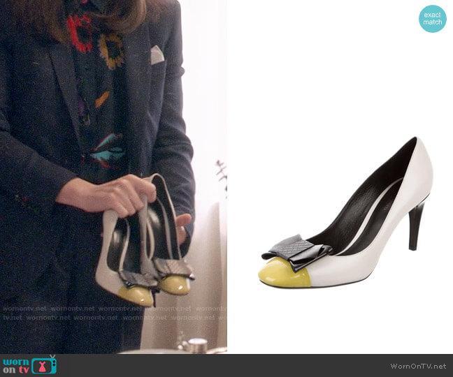 Bottega Veneta Bow Pumps worn by Selina Meyer (Julia Louis-Dreyfus) on Veep