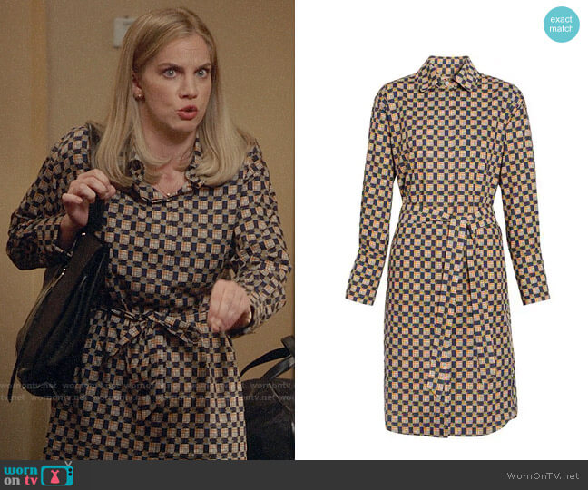 Burberry Tiled Archive Print Cotton Shirt Dress worn by Amy Brookheimer (Anna Chlumsky) on Veep