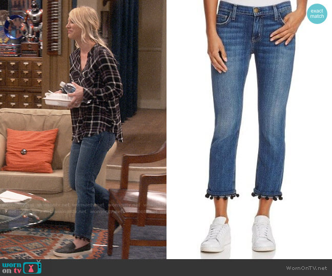 Current/Elliott Pom Pom Jeans worn by Penny Hofstadter (Kaley Cuoco) on The Big Bang Theory
