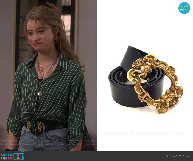 Baroque Buckle Leather Belt by Dolce & Gabbana worn by Shannon (Odessa Adlon) on Fam