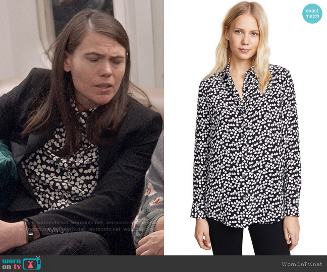 Equipment Essential Heart Silk Shirt worn by Marjorie Palmiotti (Clea DuVall) on Veep
