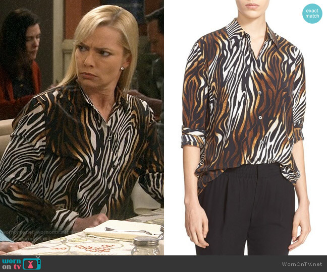 Equipment Reese Animal Print Blouse worn by Jill Kendall (Jaime Pressly) on Mom