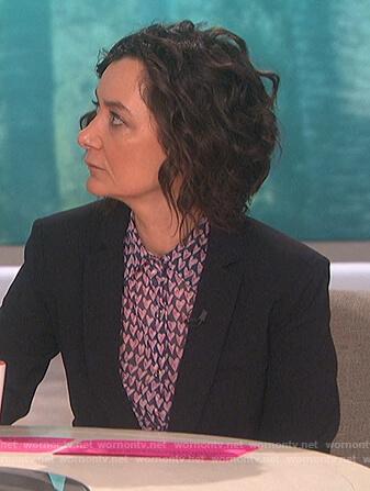 Sara's heart print blouse on The Talk