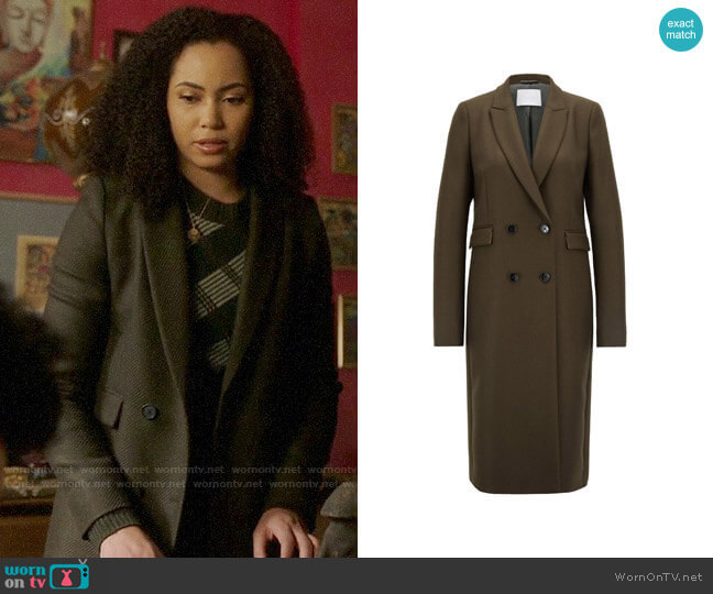Hugo Boss Double Breasted Coat worn by Macy Vaughn (Madeleine Mantock) on Charmed