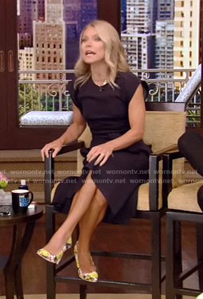 Kelly's navy cap sleeve dress on Live with Kelly and Ryan