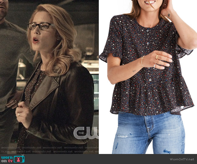 Madewell Studio Ruffle Hem Top worn by Felicity Smoak (Emily Bett Rickards) on Arrow
