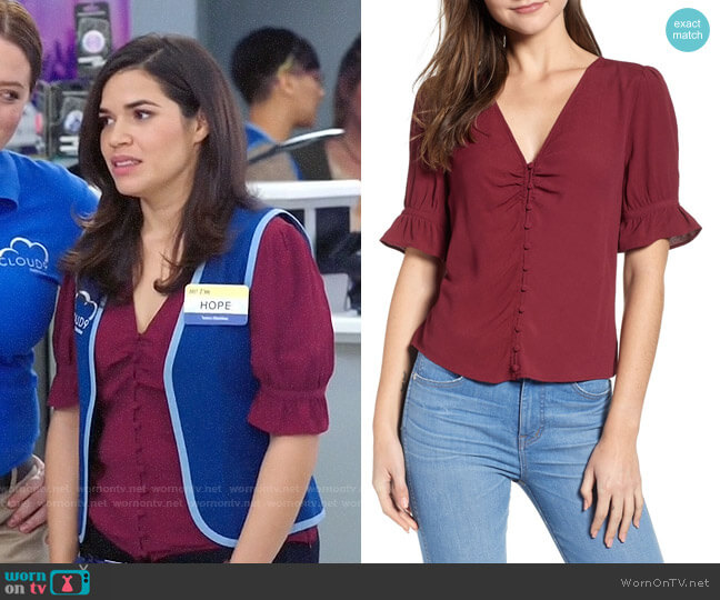 Madewell Daylight Top worn by Amy (America Ferrera) on Superstore