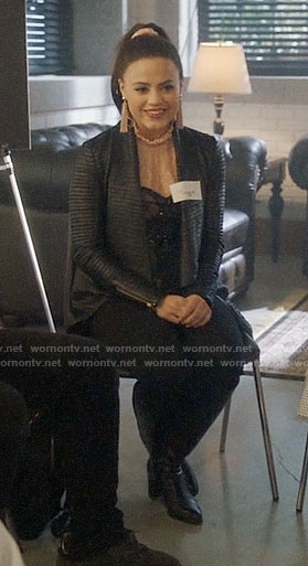 Maggie's black pleated leather jacket on Charmed