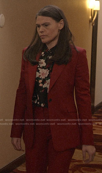 Marjorie's black floral shirt and red suit on Veep