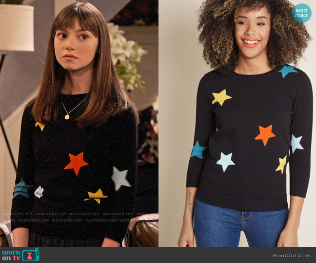 ModCloth End of Starry Sweater worn by Molly (Lauren Lindsey Donzis) on No Good Nick