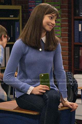 Molly's blue layered sweater on No Good Nick