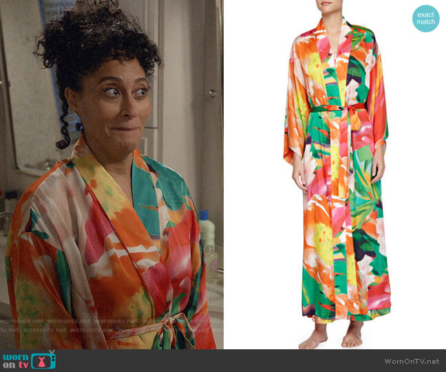 Natori Garbo Robe worn by Rainbow Johnson (Tracee Ellis Ross) on Blackish