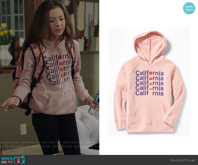 Old Navy Graphic Pullover Hoodie worn by Lily Tucker-Pritchett (Aubrey Anderson-Emmons) on Modern Family