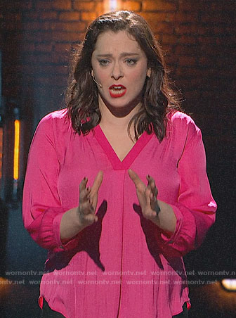 Rachel Bloom's pink v-neck top on Crazy Ex-Girlfriend Finale Concert