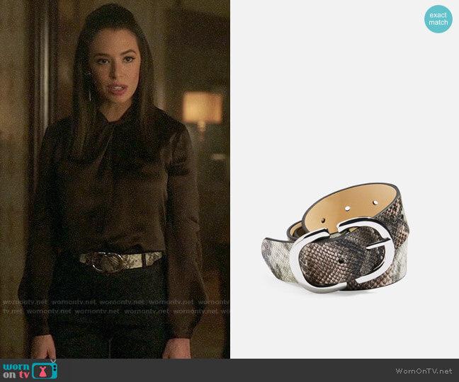Topshop Snake Logo Belt worn by Tessa (Chloe Bridges) on Charmed