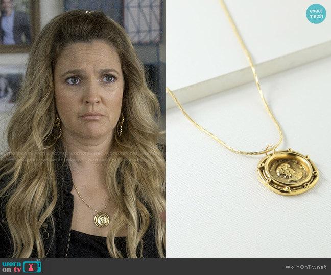 Vanessa Mooney The Gianni Necklace worn by Sheila Hammond (Drew Barrymore) on Santa Clarita Diet