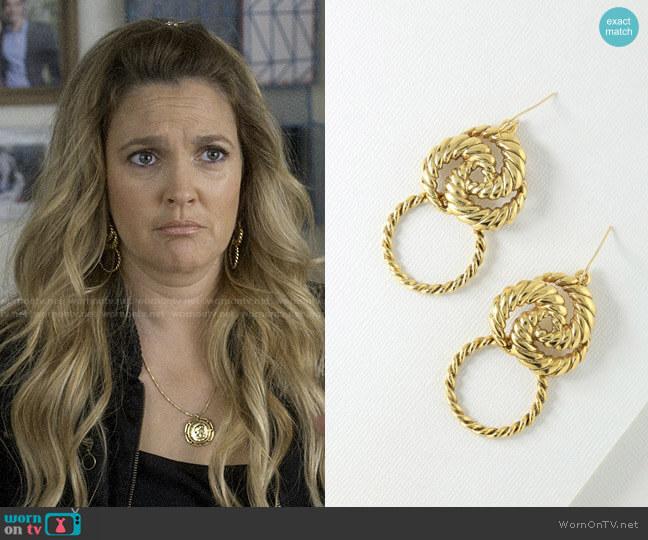 Vanessa Mooney The Valetta Mini Earrings  worn by Sheila Hammond (Drew Barrymore) on Santa Clarita Diet