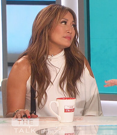 Carrie's two tone asymmetric top on The Talk