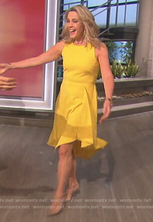 Deborah Norville's yellow asymmetric dress on The Talk