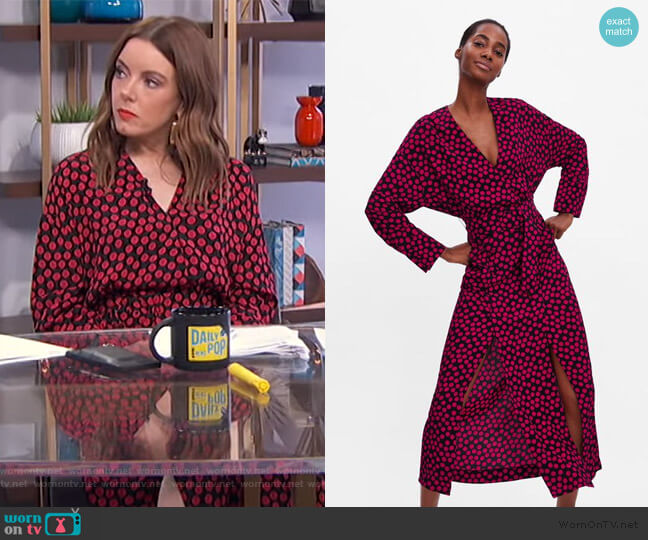 Polka Dot Dress by Zara worn by Melanie Bromley  on E! News