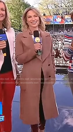 Amy's brown coat on Good Morning America